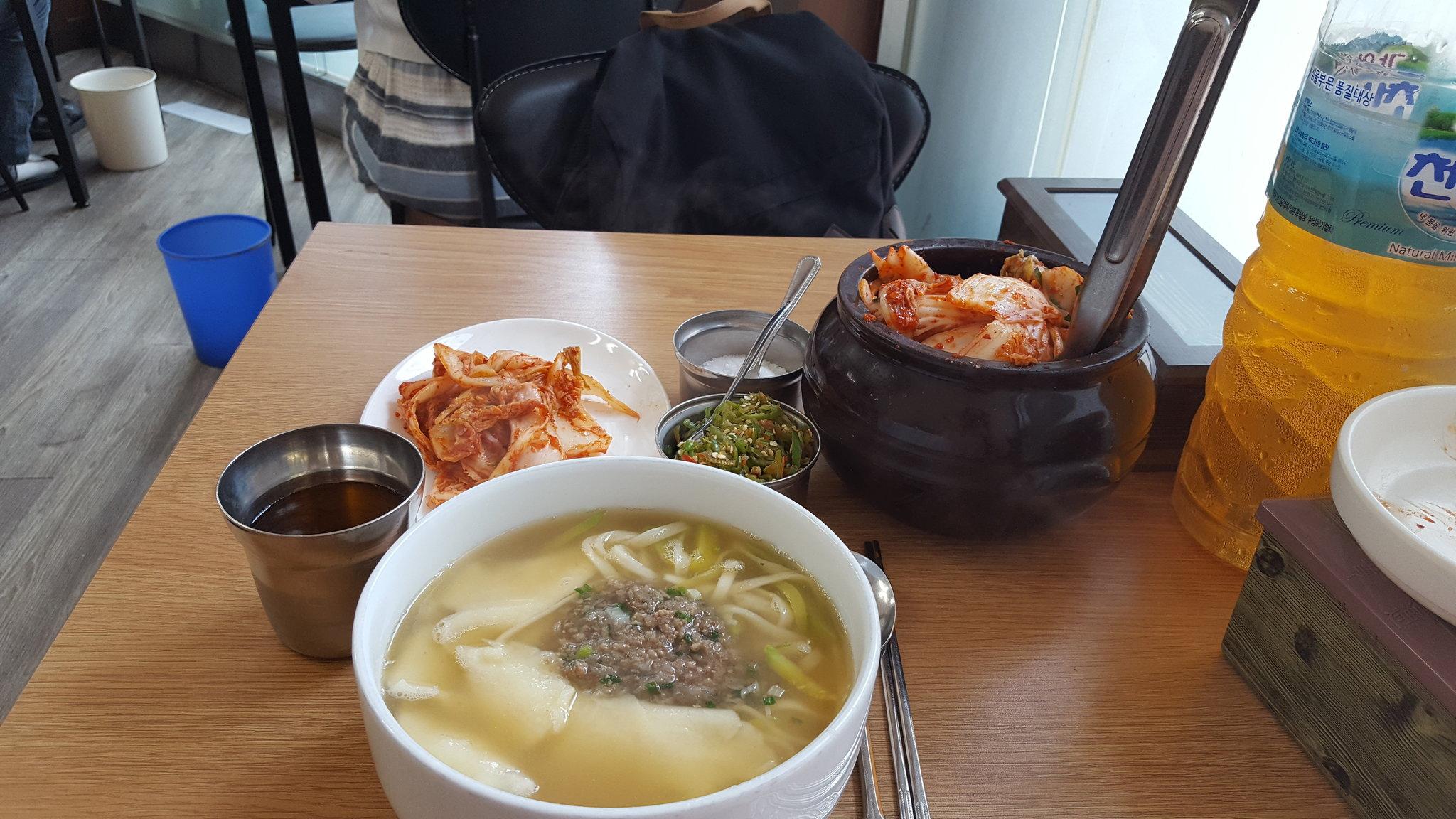 논현손칼국수 사진 - 서울시 강남구 논현동 193-38
