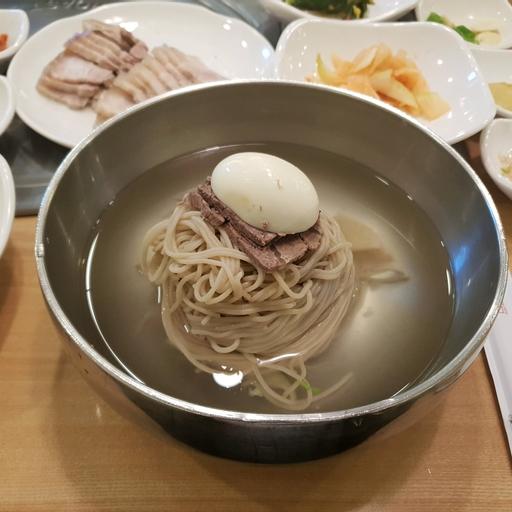 정인면옥 사진 - 서울시 영등포구 여의도동 13-1